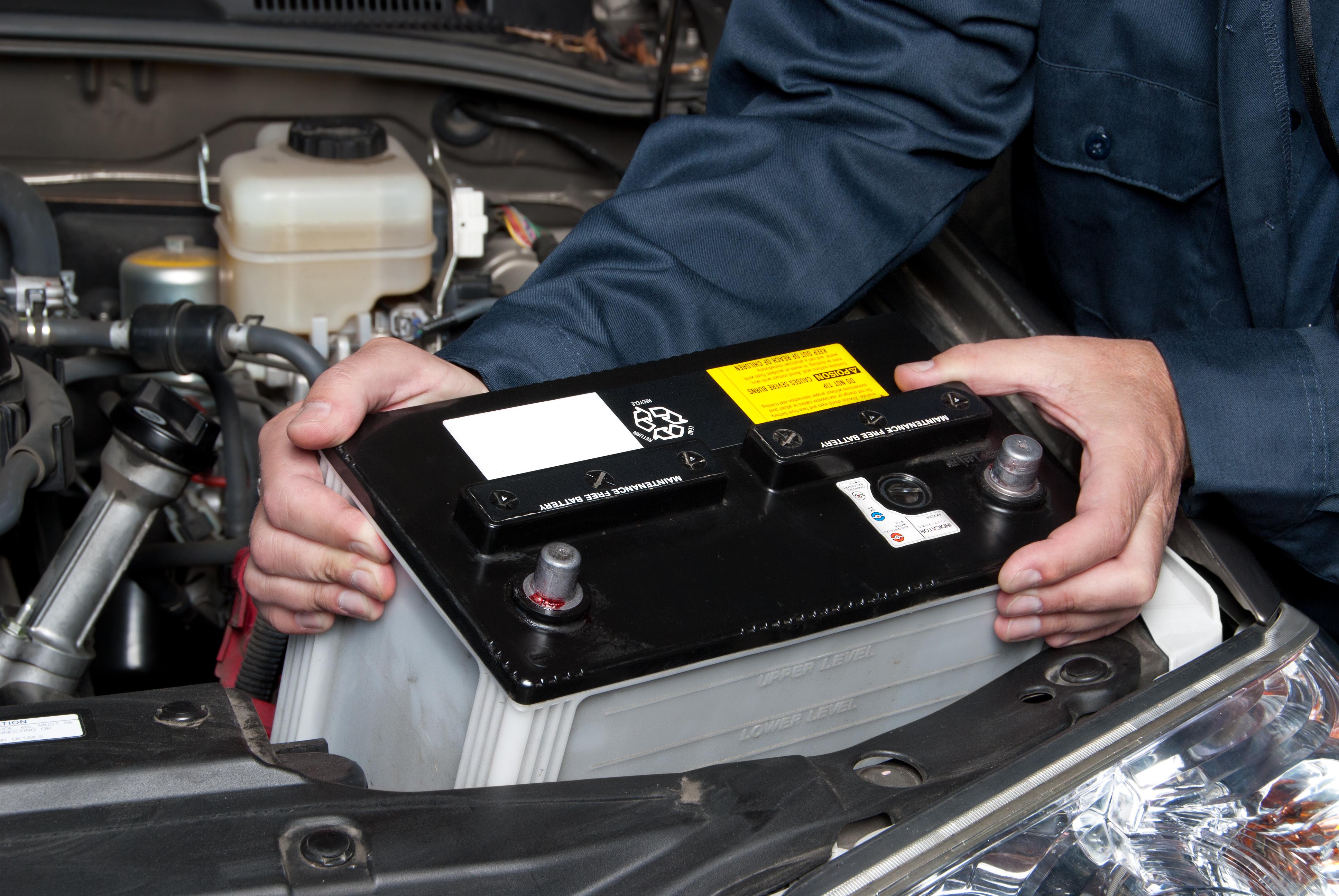 Trocando a bateria do carro